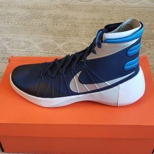 Nike Men's Hyperdunk Size 13.5 Navy